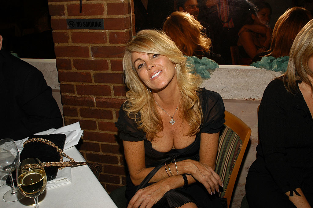 Dina Lohan fun fun boobie time