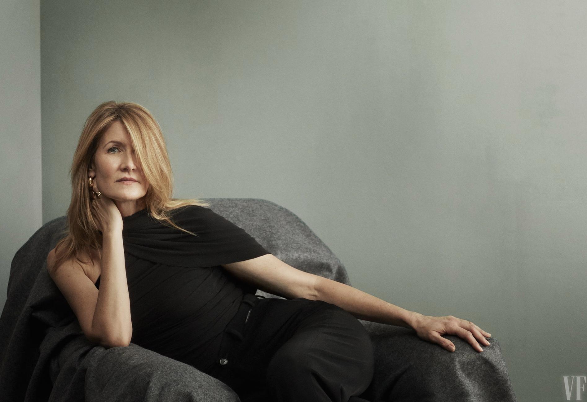 Laura Dern sexy photo shoot